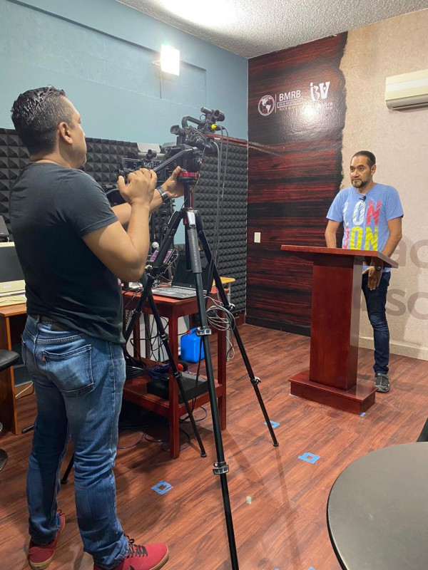Fidel & Pastor Chavy recording VBI Online